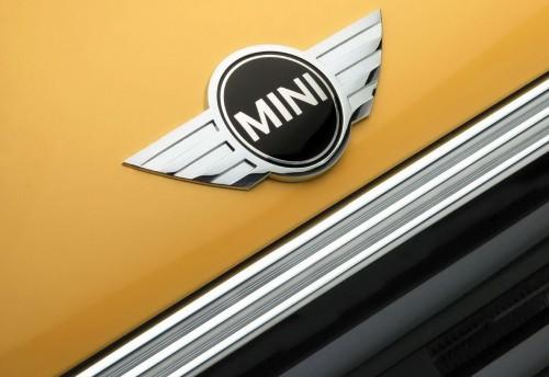 Mini Cooper Emblem