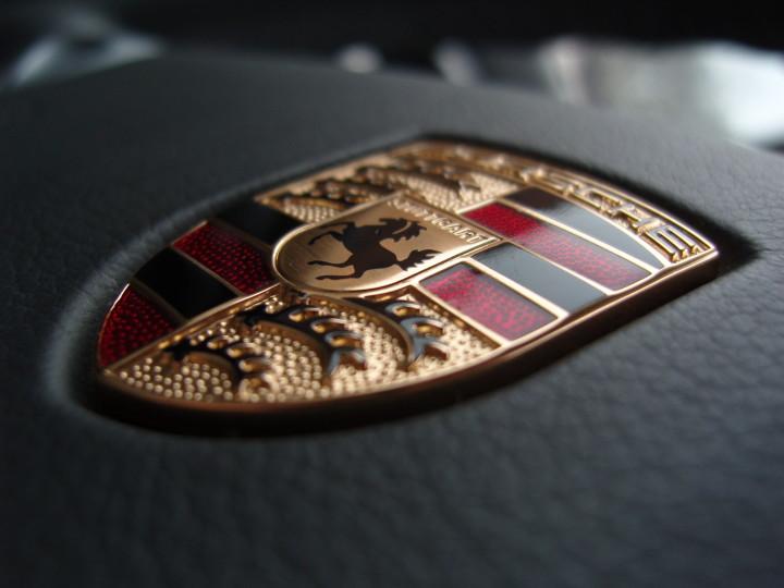 Porsche Car Symbol
