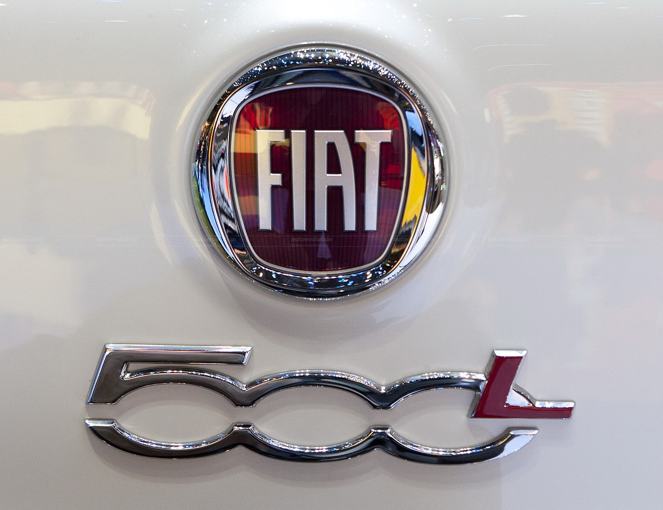 Fiat Logo Fiat Car Symbol Meaning And History Car Brand Names