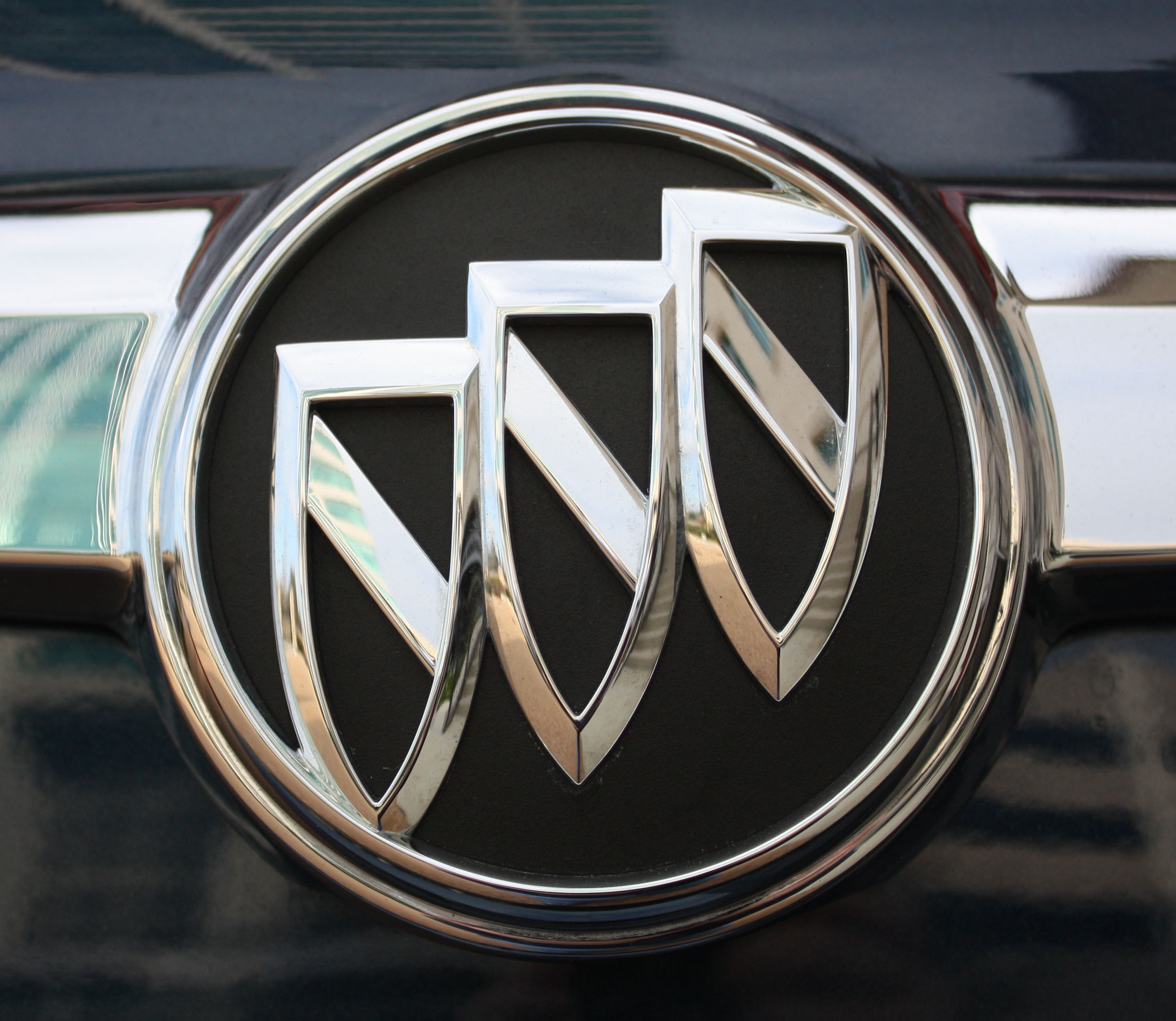 Buick Logo Buick Car Symbol Meaning And History Car Brand Names