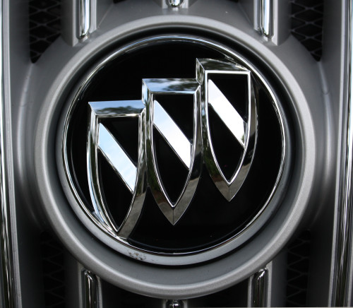 Car Logos With Brand Names >> Buick Logo, Buick Car Symbol Meaning and History | Car Brand Names.com