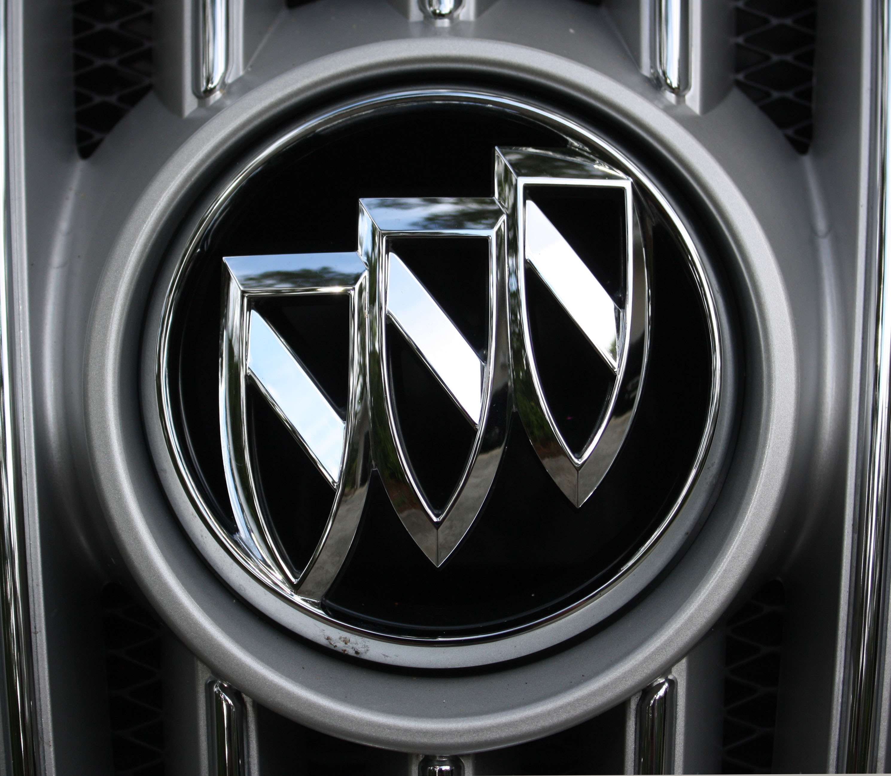 Buick Logo, Buick Car Symbol Meaning and History | Car