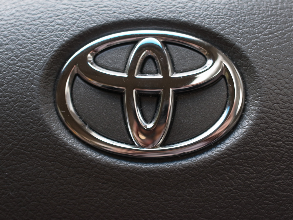 Toyota Logo Toyota Car Symbol Meaning And History Car Brand Names