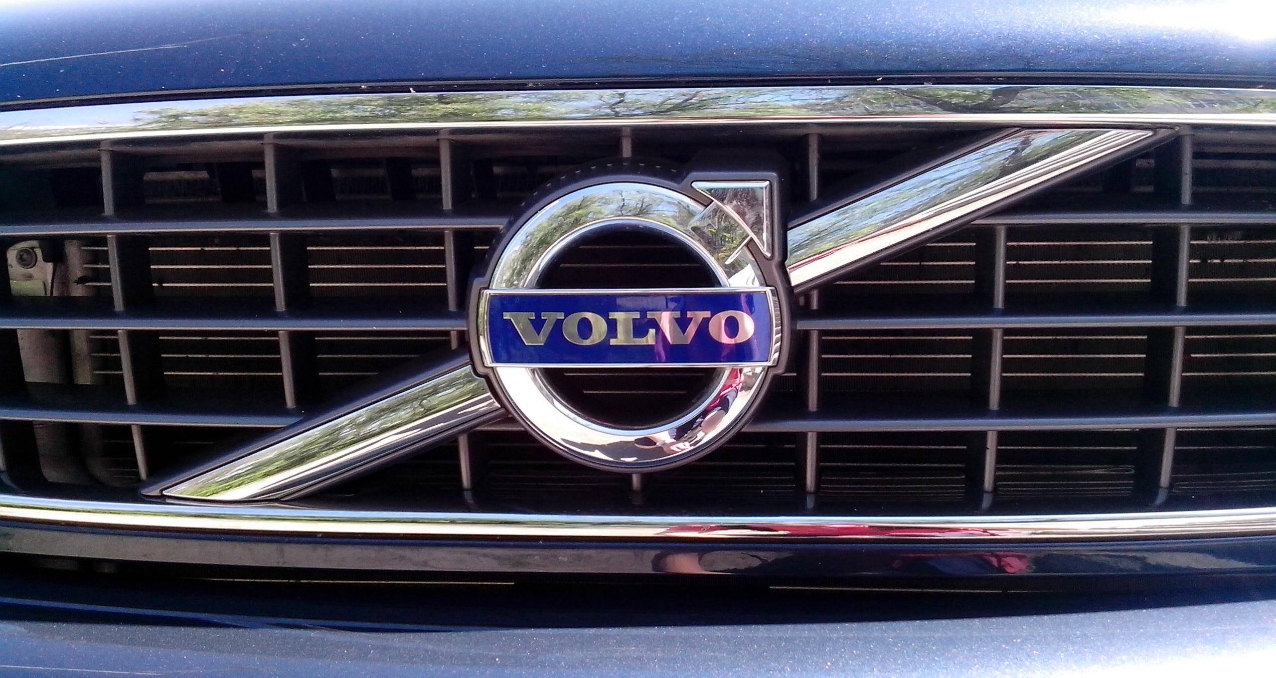 Volvo Logo, Volvo Car Symbol Meaning and History | Car Brand Names.com