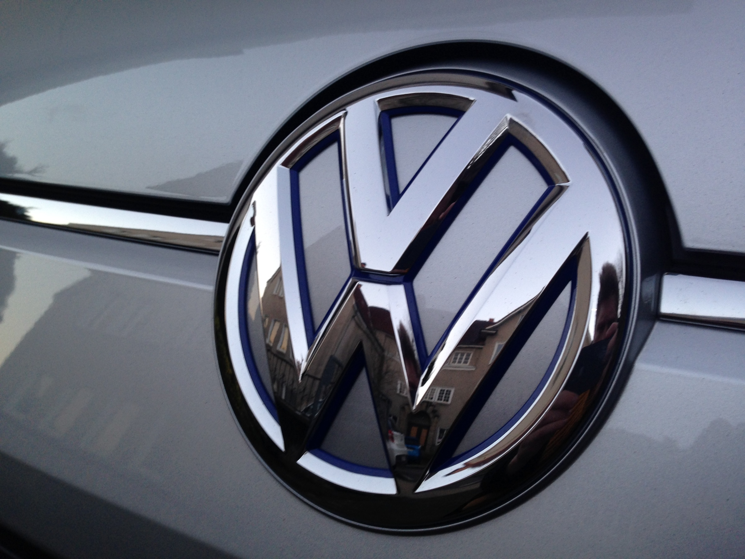 Volkswagen Logo Volkswagen Car Symbol Meaning And History Car Brands Car Logos Meaning And Symbol
