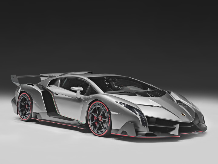 Lamborghini Veneno - Fastest car in the world